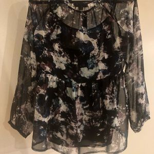 nine west vintage america Tops - Long sleeve chiffon top with black camisole